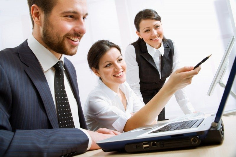 Смотреть порно онлайн групповуха в офисе