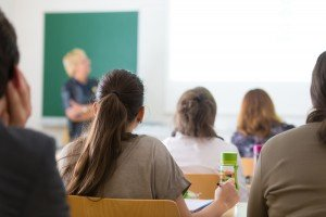 5 Ways To Enhance Your Online Science Course Using Interactive Whiteboards