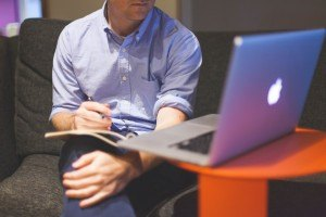 8 Tips To Keep In Mind Before Creating Elearning Courses For Adults