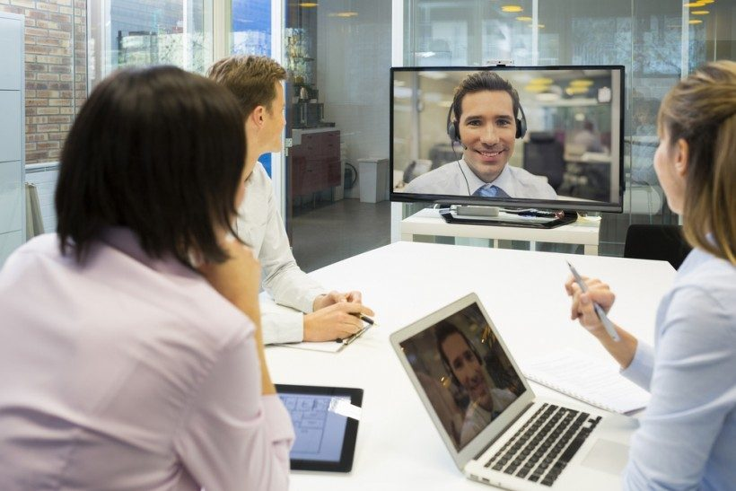 how to organise a conference call