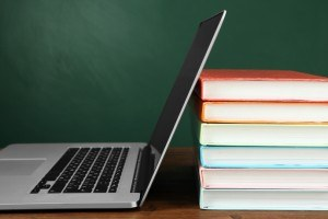 Taking Your School Online? The Top 3 Things That Chief Information Officers Should Consider