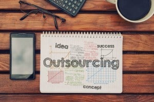 4 Pros And Cons Of Outsourcing eLearning Development