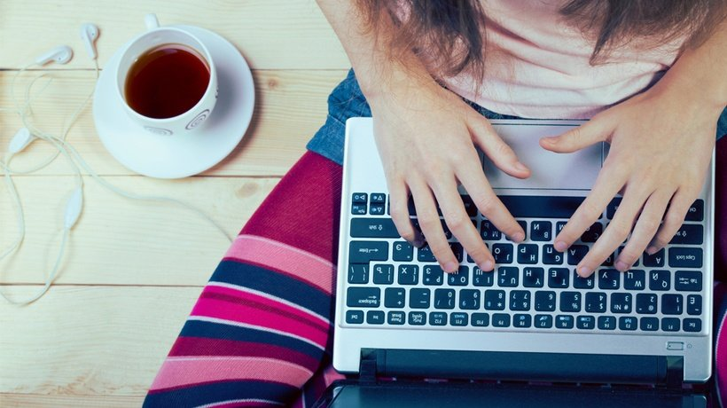 Improve Your Typing Speed: 4 Free Online Tutors To Help You