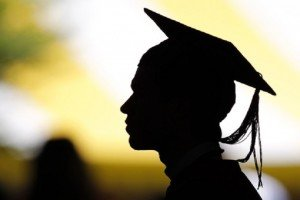Is It Worth To Enroll In An Online PhD Program? The Pros And Cons