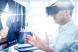 6 Tips To Use Virtual Reality In Online Training