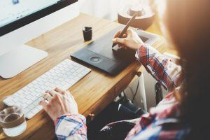 What Is More Important For Your Online Training? Visual Vs. Instructional Design