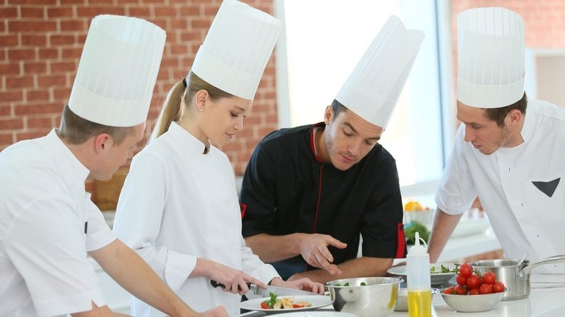 3 Fundamental Ways Compliance Training Safeguards Your Restaurant