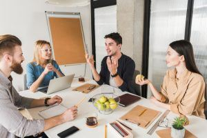 Can Multilingualism Help Employees' Decision-Making Skills?