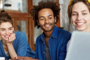 10 Ways Video Chat Enhances The Online Learning Experience