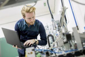 5 Tips To Create Suitable Online Training For Manufacturing Workforce