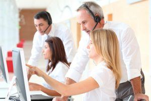 6 Topics Every Customer Service Online Training Program Should Cover