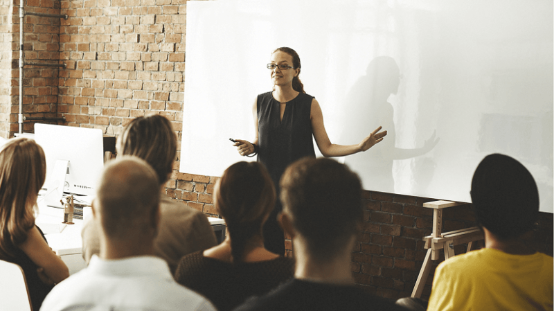 5 Tips To Establish Better Leadership In The Workplace Using Training Catalogues 1