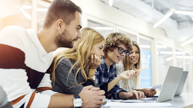 A Technology Enhanced Learning (TEL) Framework À La Hierarchy Of Needs 1